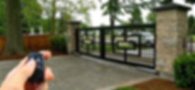 remote-controlled-sliding-gate-500x500.j