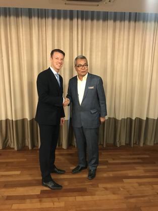 Datuk Seri Mohd Redzuan bin Md Yusof - Minister in the PM's department