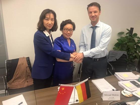 W&C Hospital of Shijiazhuang and Liu Weihong Director of CMC