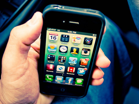 Mobile Device Addiction Linked to Depression, Anxiety