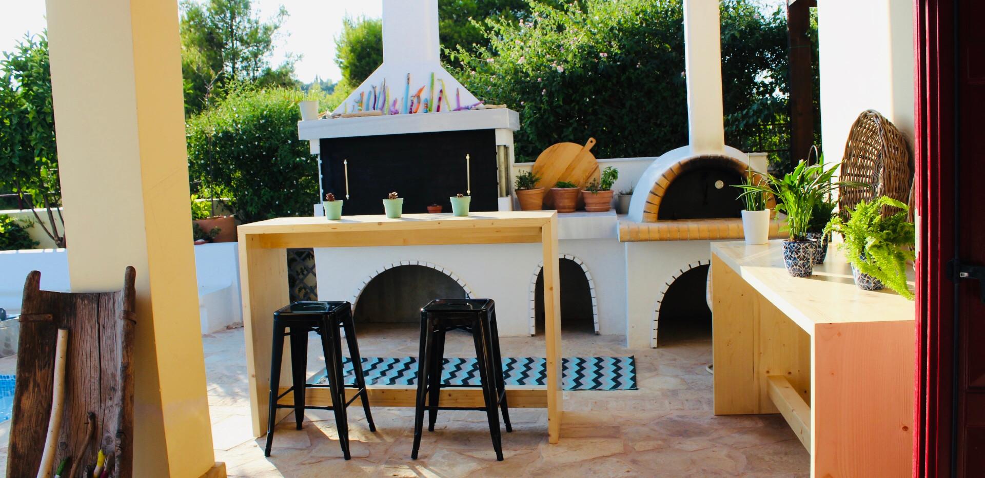 Outdoor kitchen.jpeg