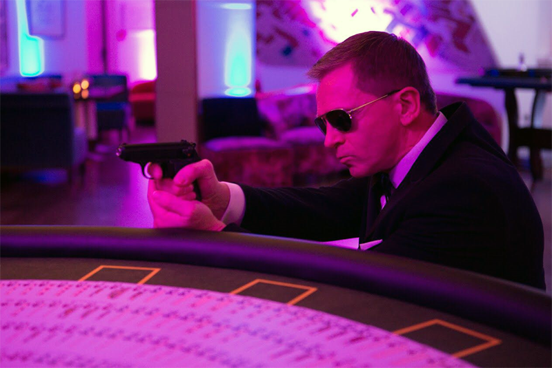 Bond making a surprise appearance at the Blackjack table