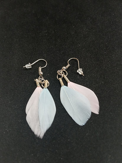 Tiny feather earrings ( Sky blue and pink )