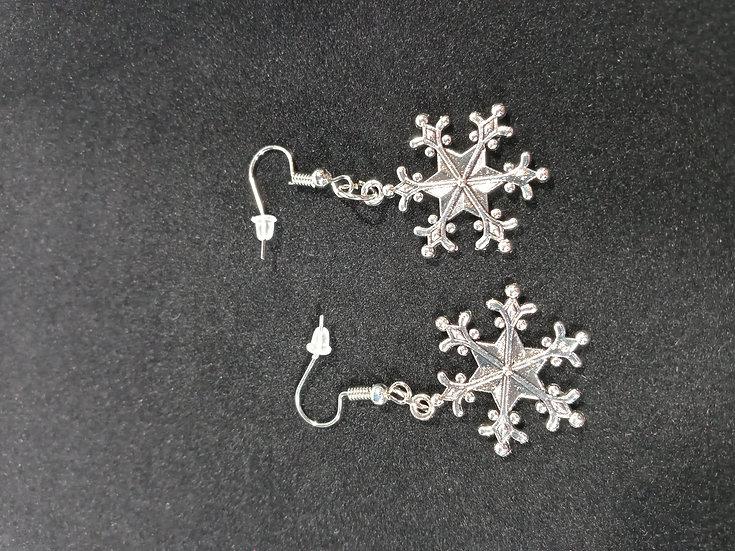 Fancy snowflake earrings