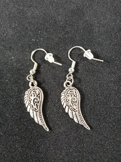 Decorative wing earrings