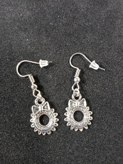 Small wreath earrings