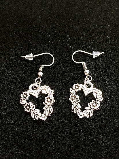 Blooming hearts earrings