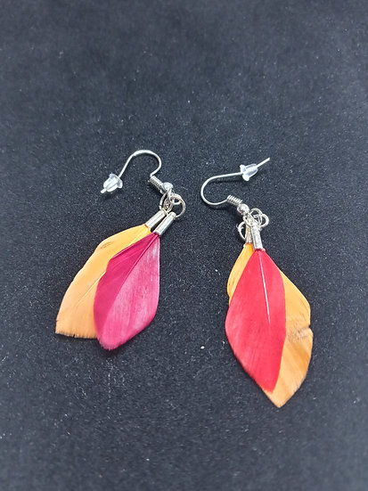 Tiny feather earrings ( red and orange)