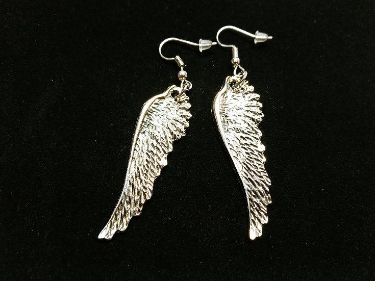 Medium detailed wing earrings