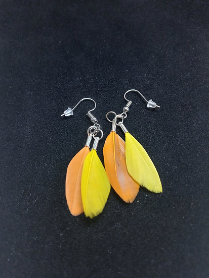Tiny feather earrings ( yellow and orange)