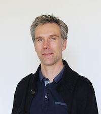 Dr. Thomas LACROIX