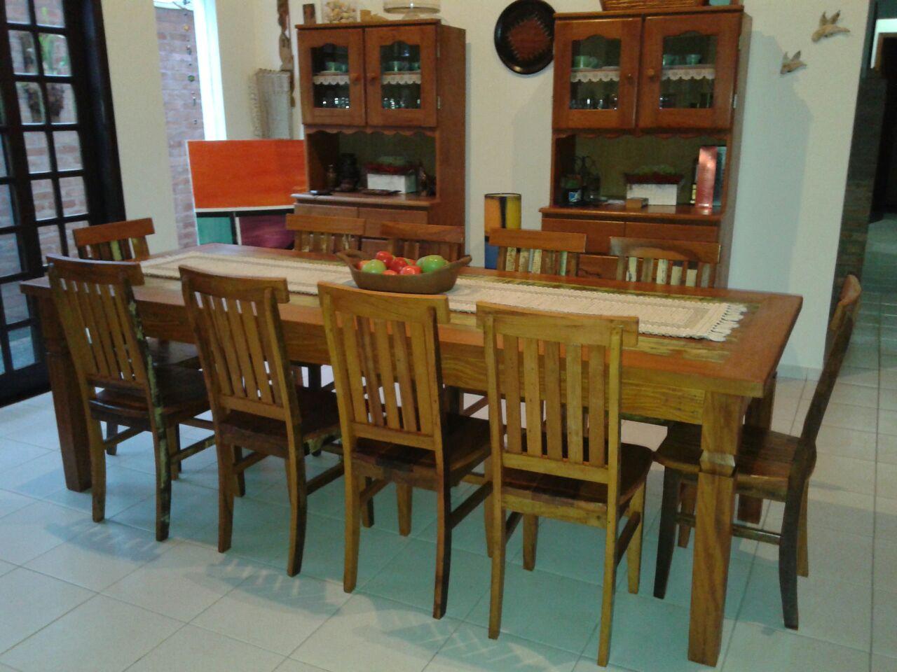 mesa_demolição_com_10_cadeiras_mineiras_(4)