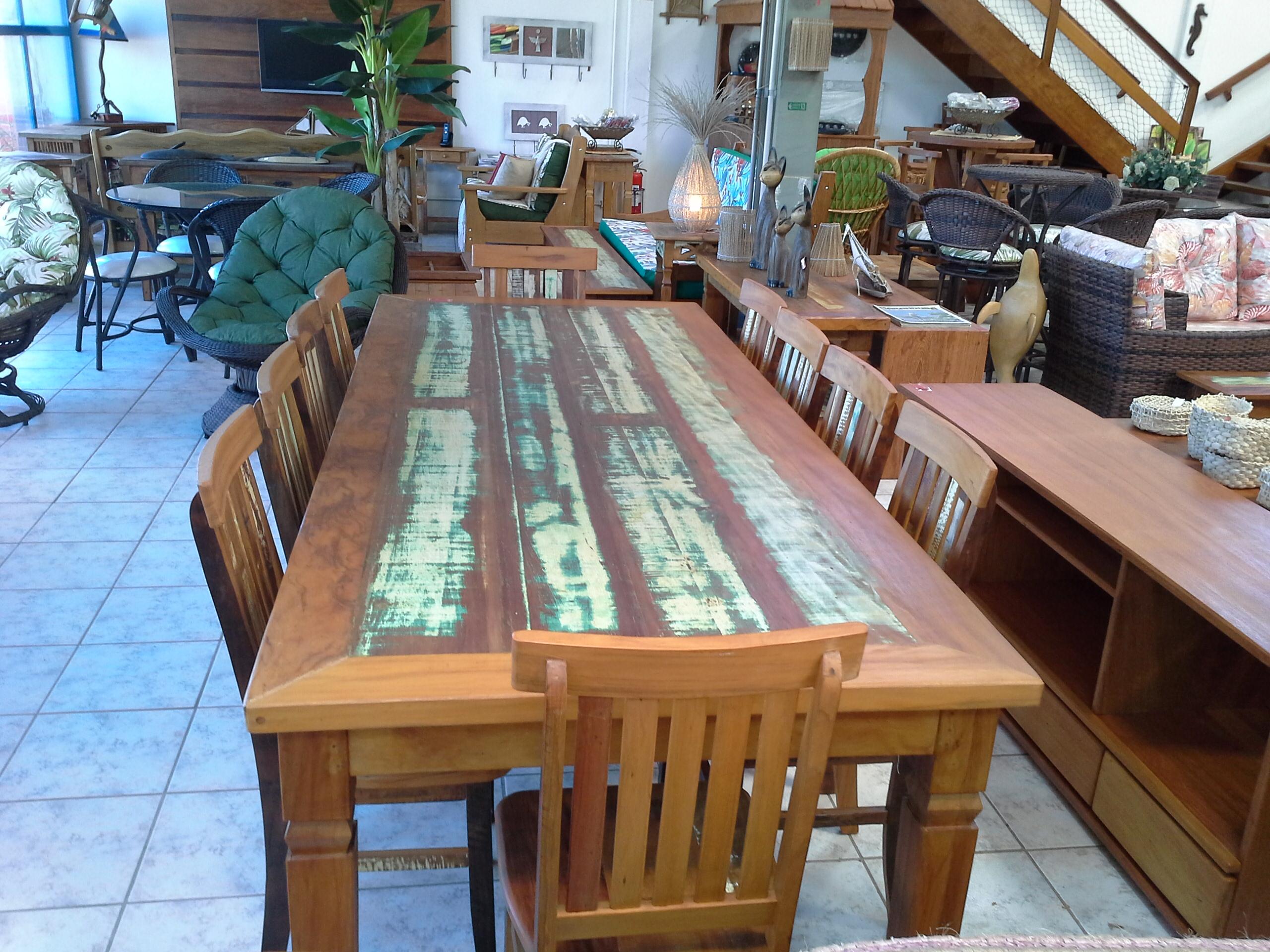 mesa_de_demolição_pé_diamante_com_cadeiras_mineiras_(2)
