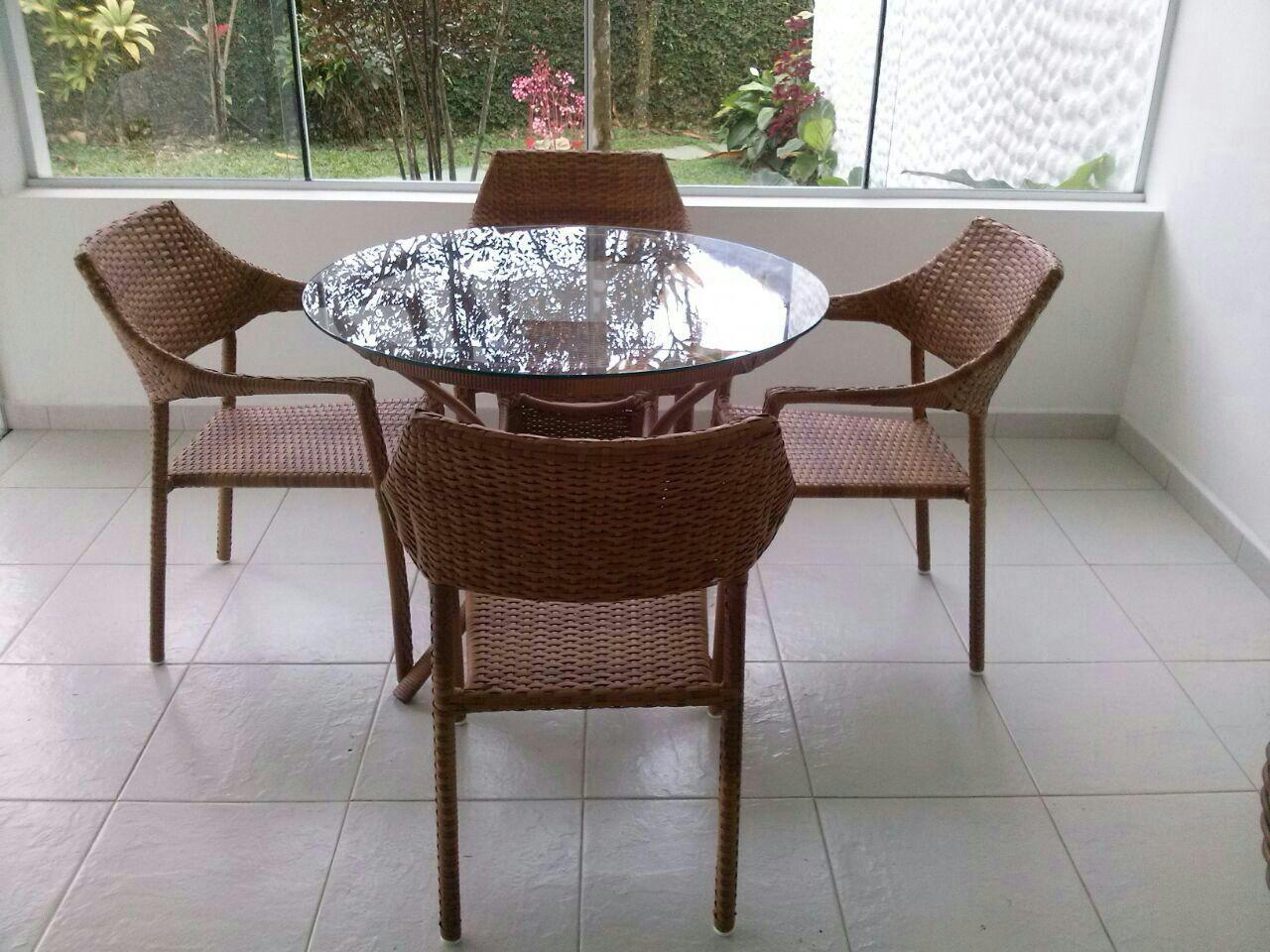 Mesa Salinas fibra Sintetica e Cadeira Chineza