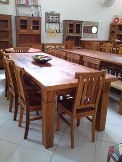 mesa_de_demolição_pé_diamante_com_cadeiras_mineiras_(6)