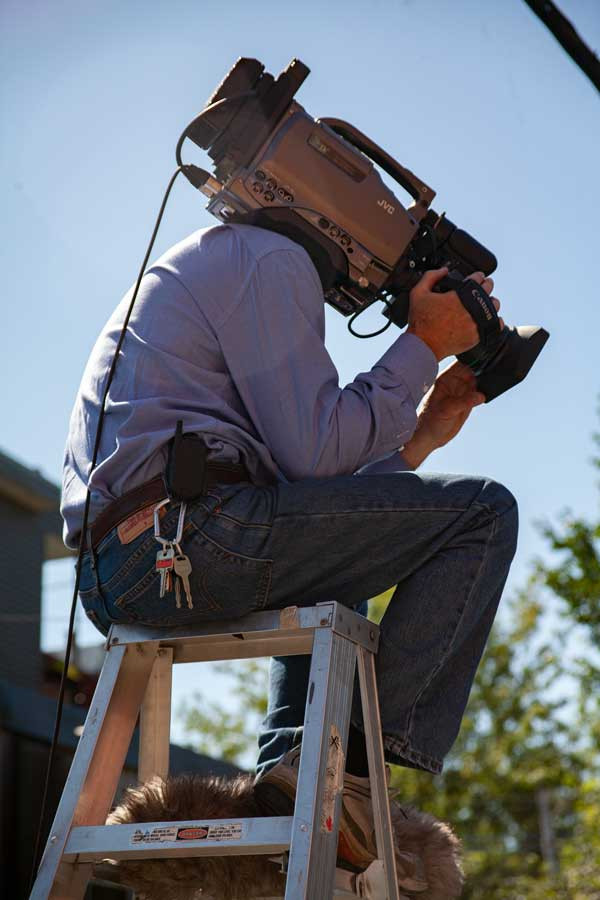 Toronto Videographer. Videographer, Toronto Video Production, Cameraman, ENG Camera