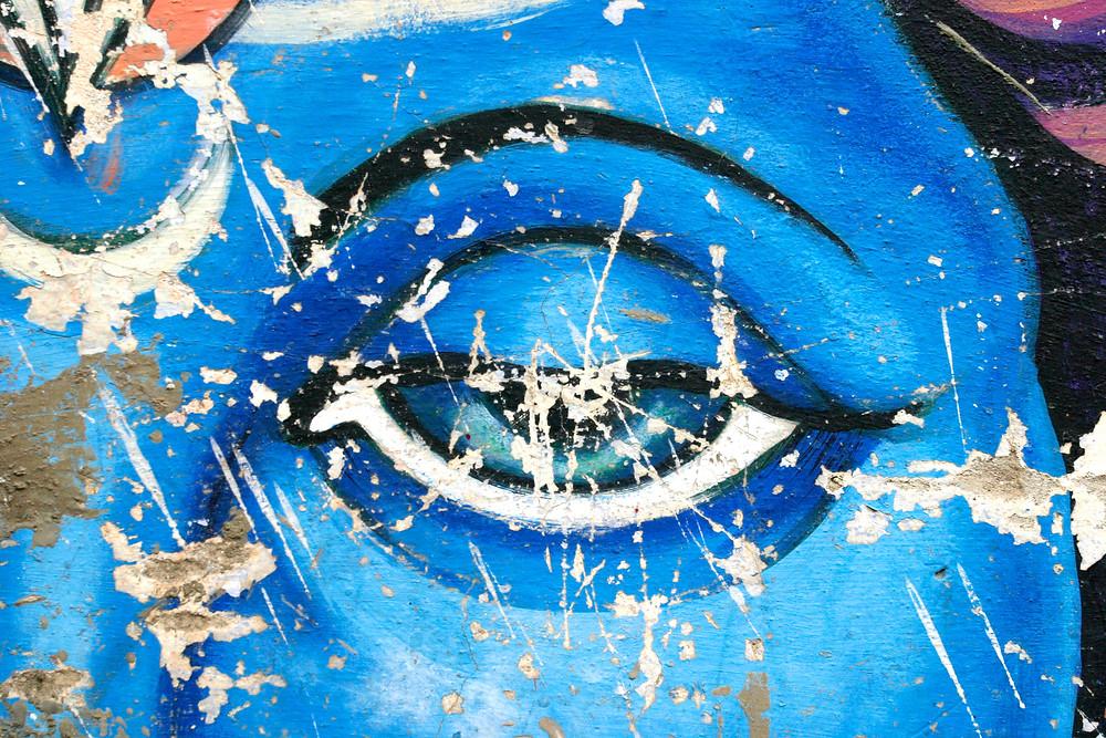Shave, Bold Image, Colour Photograph, Faith, Blue, eye, Toronto Video Production, Photography, photographer, urban, street art, India