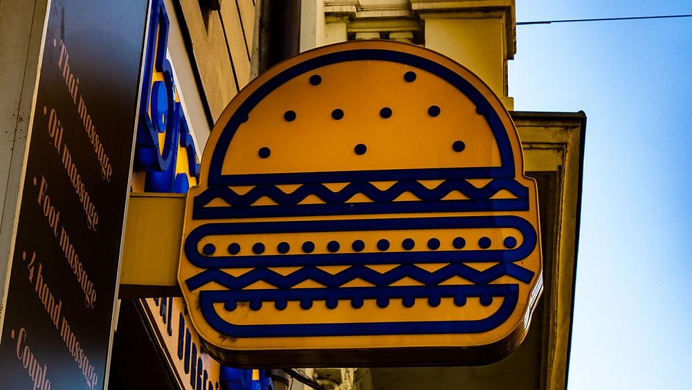 Submarine Burger Frankopanska