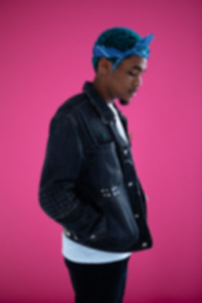pink, portrait, man, music, model, fashion, background, pink, nature, studio picture, candid picture, style, blue hair, blue, lifestyle picture, confident, authentic picture, authentic image, naturalistic picture