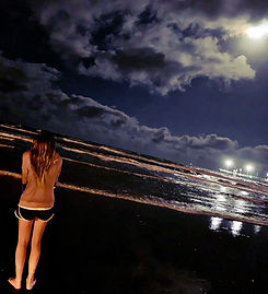 Jillian Full Moon Ceremony Beach.JPG