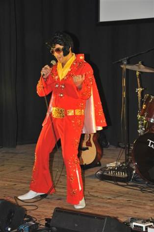 Elvis 5.JPG