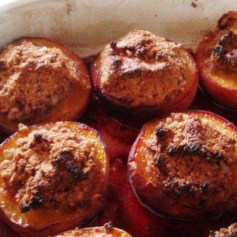 Baked Stuffed Peaches
