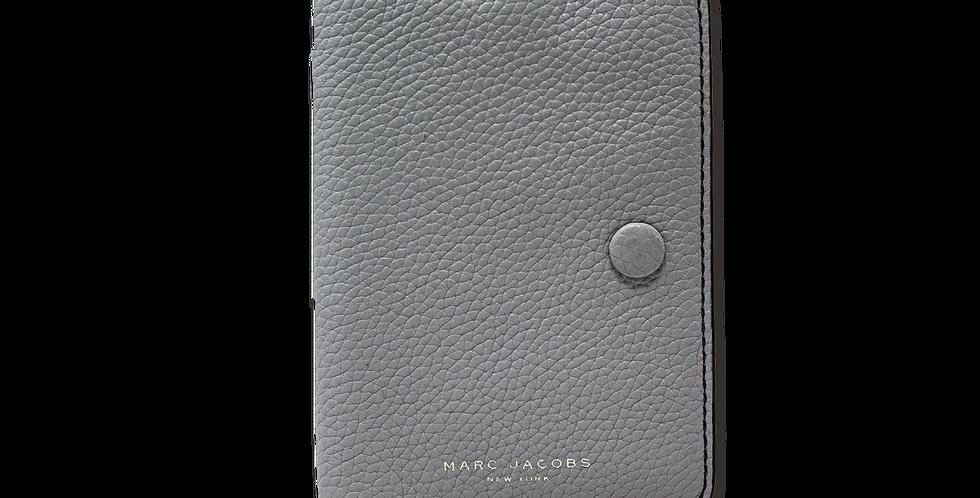 Porta Pasaporte Marc Jacobs