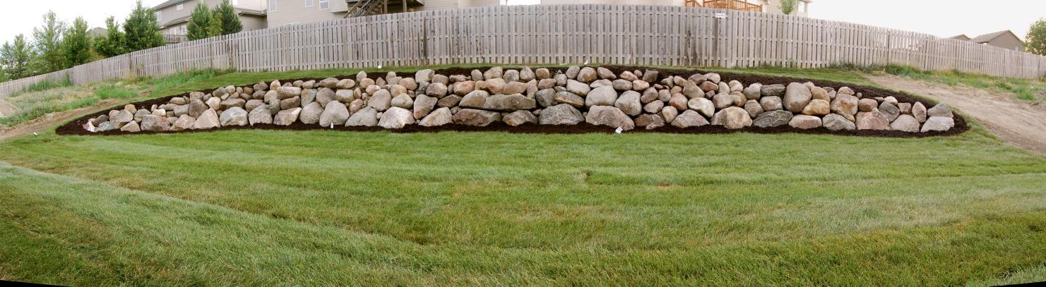 Omaha boulder walls