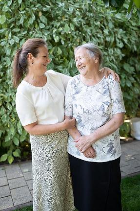 Seniorenassistenz Ingolstadt Olga Schmid Ingolstadt Seniorenbetreuung Help Akademie
