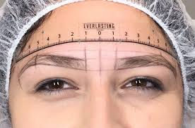 Precision Brow Shaping (Using the Finest