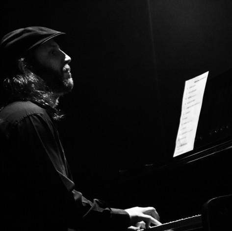 Juan Ignacio Sicardi, Presentación de AIRE, Teatro Hasta Trilce