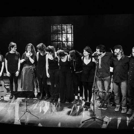 Saludo final, Teatro Hasta Trilce
