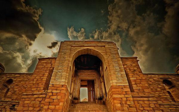 sultan-ghari-tomb_2.jpg