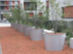 Großpflanztopf IFF 901, als sonderanfertigung oval-konisch, feuerverzinkt.
