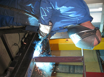 Joas Metallerzeugnisse und Vertrieb produziert und vertreibt in Nehren Unterflurbaumroste, Baumschutzgitter und Stadtmobiliar unter der Marke IFF.