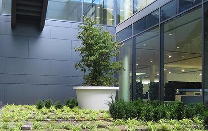 Großpflanztopf IFF 901 mit oberem Rand als Sonderanfertigung