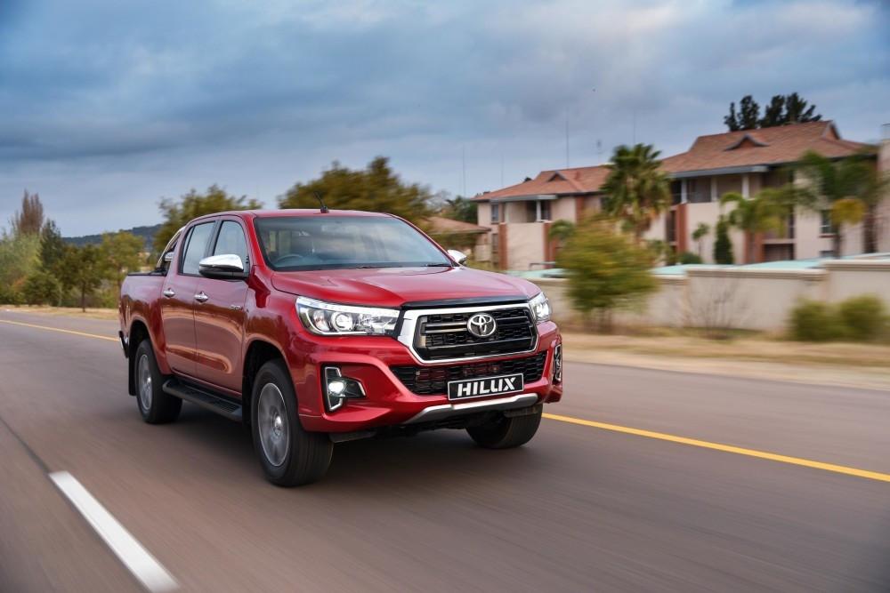 Toyota Hilux (26 dias)