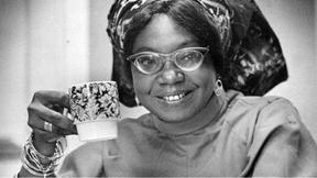 Primeira mulher africana a publicar um livro em inglês