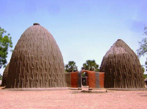 Arquitetura africana: casas em Tolek