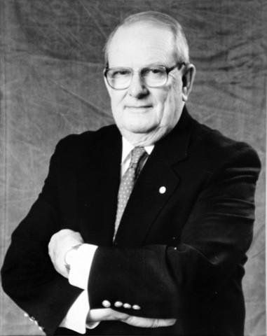 Allan M. Cormack Africa do Sul Nobel Medicina