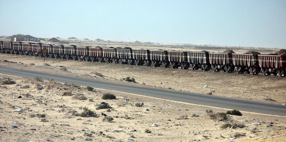 Trem do minério, Nouadhibou, na Mauritânia