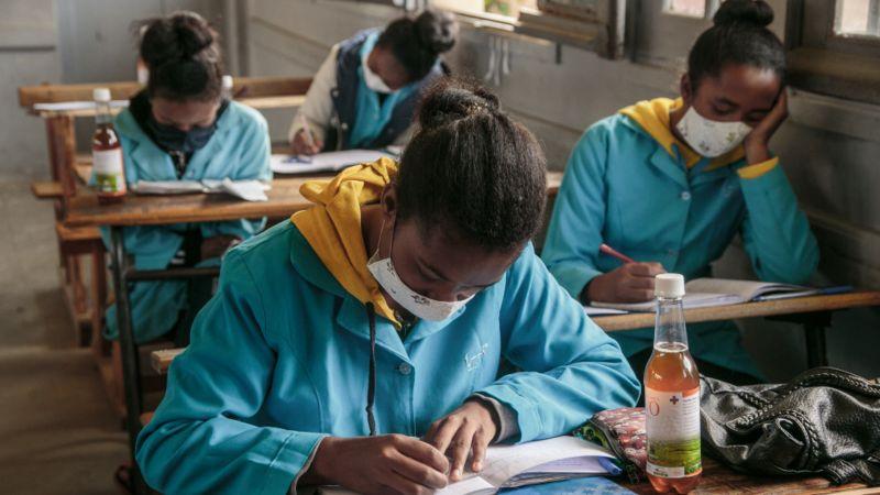 Crianças em idade escolar estão sendo incentivadas a usar o tônico não comprovado para melhorar sua saúde