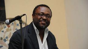 Dr. Obi Nwakanma Discute O Poder Da Narrativa E Da Poesia