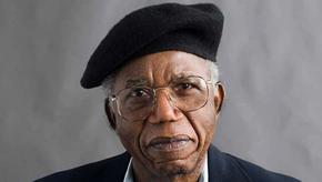 Chinua Achebe, o pai da literatura nigeriana moderna