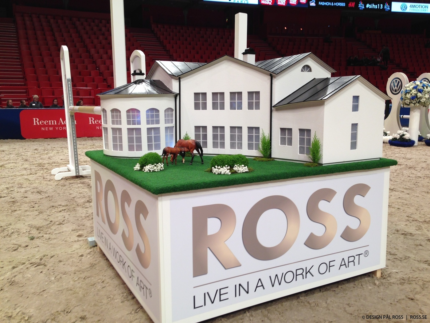 ROSS  |  Ross hinderdesign