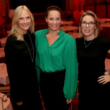 Marika Lundsten, Helena Velin & Maria Billing   |  Ruter Dam