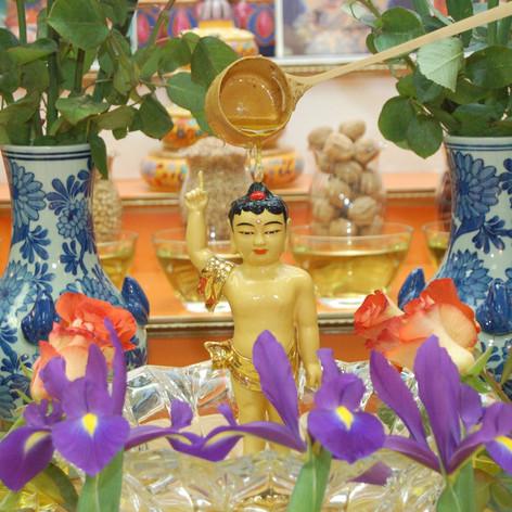 Bathing Buddha Practice on Buddha's Birthday