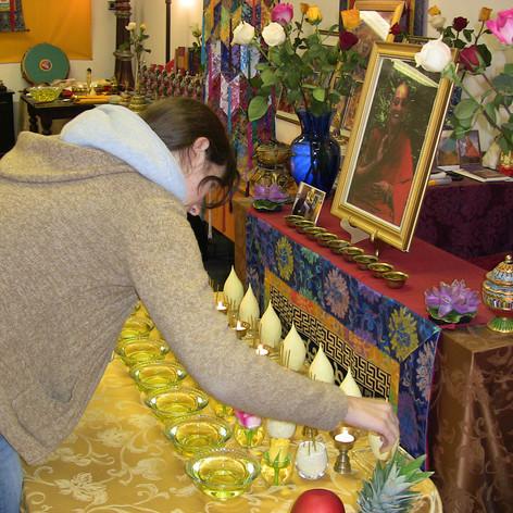 Offering Torma Cakes to the holy Bodhisattva Tsenshab Rinpoche