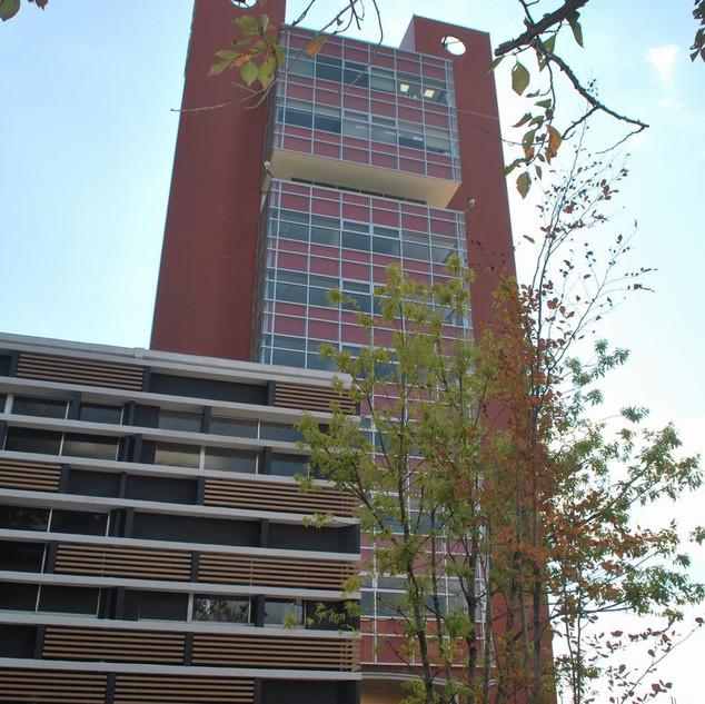 サピエンチアタワー