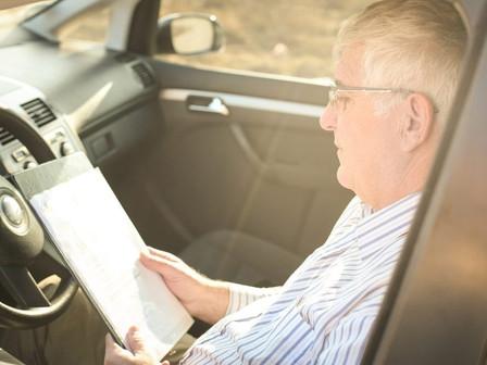 Combustível para deslocamento de pessoal gera crédito de PIS/COFINS